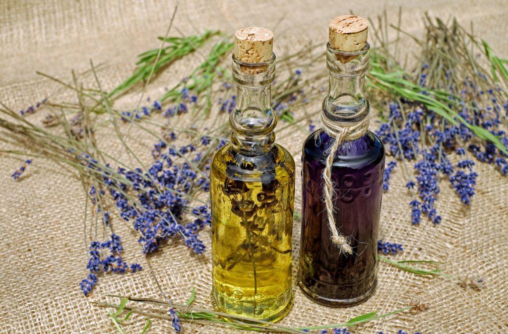 lavender oil promotes sleep